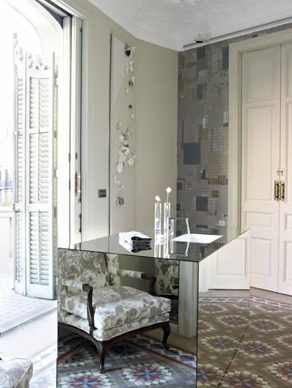 moble lavabo i balcó amb exterior 5714