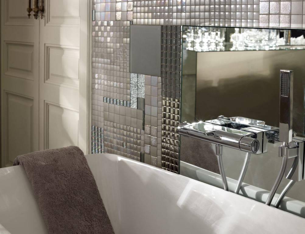termostatica, parete e vasca da bagno